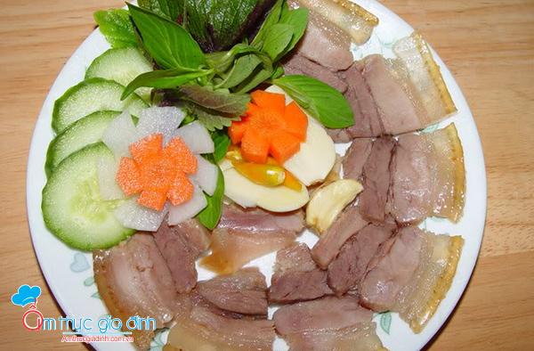 Thịt lợn ngâm nước mắm