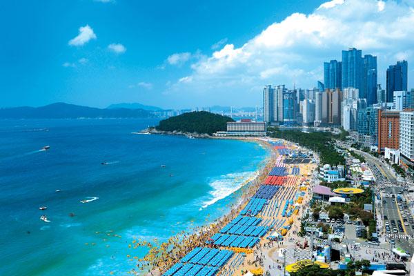 biển Hàn Quốc vào mùa hè